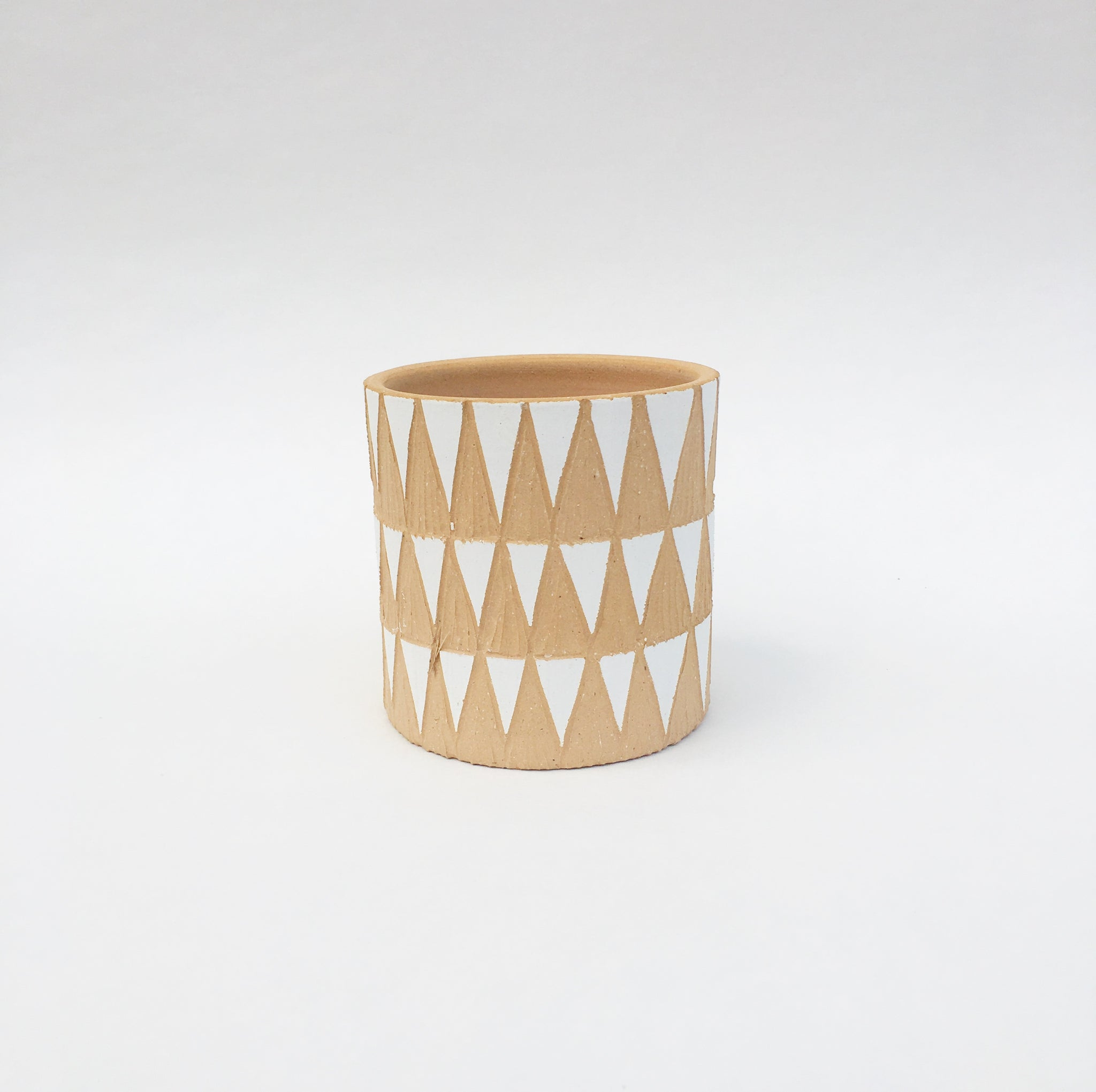 SMALL PLANT POT No. 16