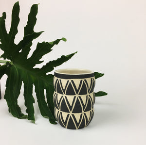 MINI CURVY VASE NO. 3