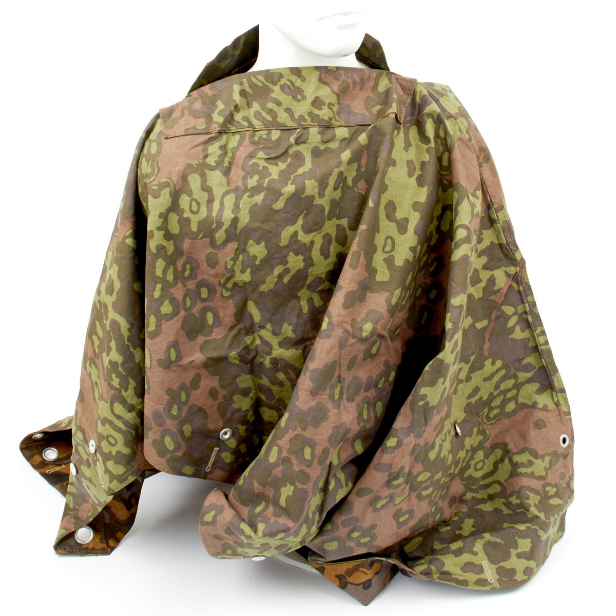 German WWII Tent Quarter u0026 Poncho Zeltbahn Oak Pattern Camouflage Reversible  sc 1 st  International Military Antiques & German WWII Tent Quarter u0026 Poncho Zeltbahn Oak Pattern Camouflage ...
