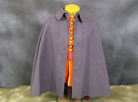 British Foot Guards Short Grey Wool Cape: Pre-WW2 Issue