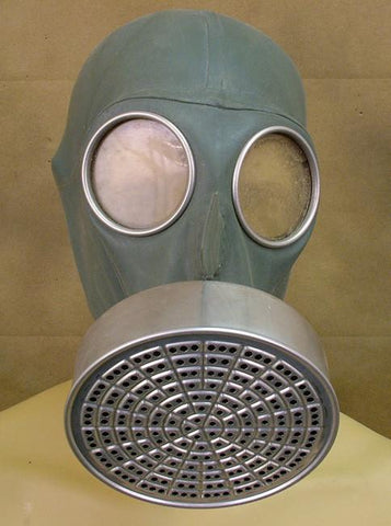 German WWII Gas Mask (RLI 38/6): Original