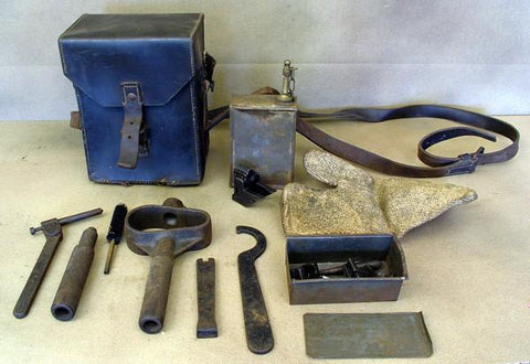 Italian WWII Breda M37 Machine Gunner Pouch With Tools Original Items