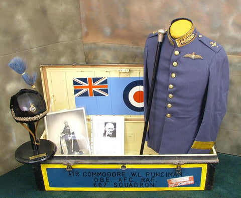 British Air Commodore Viscount Walter Leslie Runciman of Doxford: Uniform Set