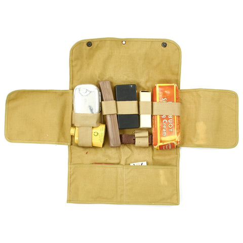 U.S. WWII Officer Named Toiletry Kit - Lieutenant Bell Original Items