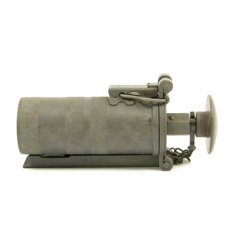 Original U.S. WWII M9 Hand Pyrotechnic Signal Flare Projector