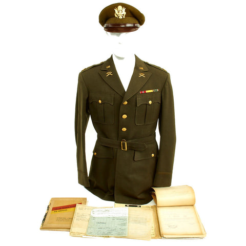 Original U.S. WWII Executive Officer 690th Field Artillery Battalion (105mm Howitzer) Uniform Grouping Original Items