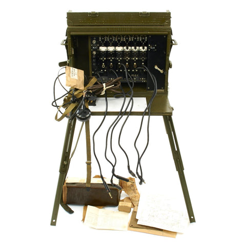 Original WWII US Army Signal Corps BD-71 Field Telephone Switchboard - French Reissue Original Items