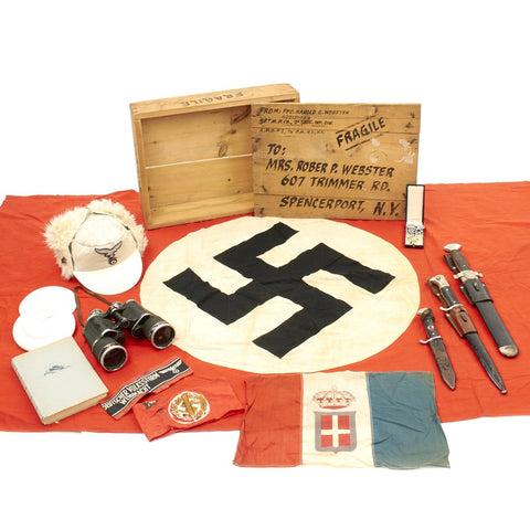 Original German WWII USGI Bring Back Grouping in Named Wood Transit Chest - 1st Infantry Division Original Items