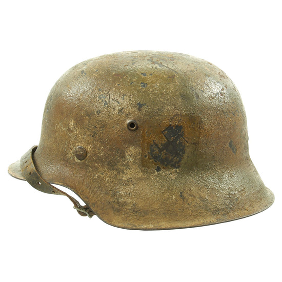 Original German WWII M42 Army Heer Helmet with Textured Camouflage Paint and 57cm Liner - hkp64