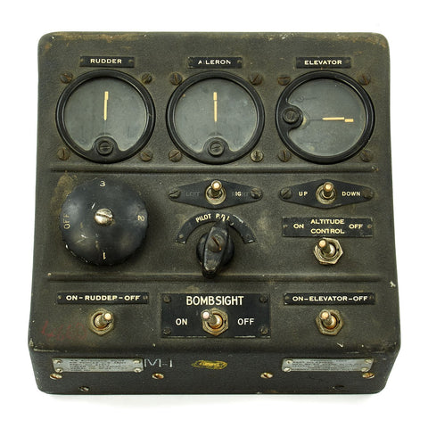 Original U.S. WWII Consolidated B-24 Liberator Type A-5 Autopilot Control Panel by Sperry Original Items