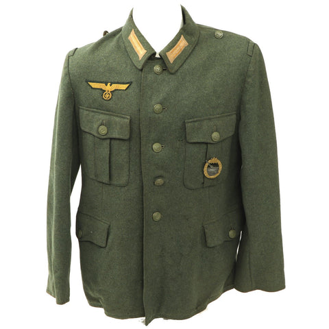 Original German WWII Kriegsmarine Coastal Artillery Enlisted Tunic with Badge Original Items