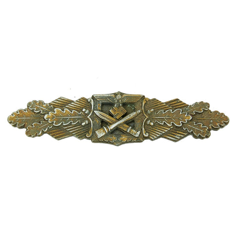 Original German WWII Close Combat Clasp in Bronze by W.E. Peekhaus of Berlin Original Items