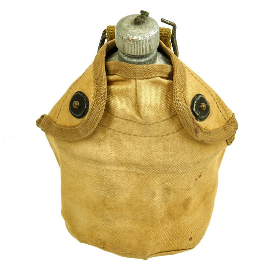 Original U.S. WWI Canteen with WWII Cup in 2nd Pattern USMC Canvas Carrier Original Items