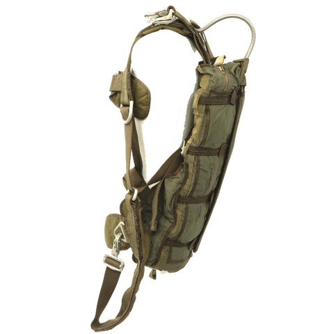 Original U.S. Korean War North American F-86 Sabre Pilot Emergency Parachute Pack with Harness Dated March 1953 Original Items