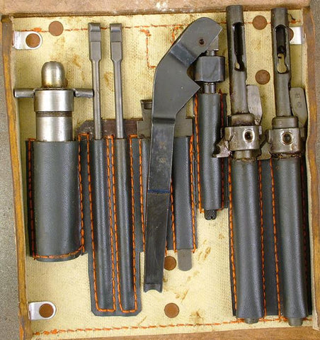 German MG 15 Spare Tool Wallet: WWII Brown Original Items