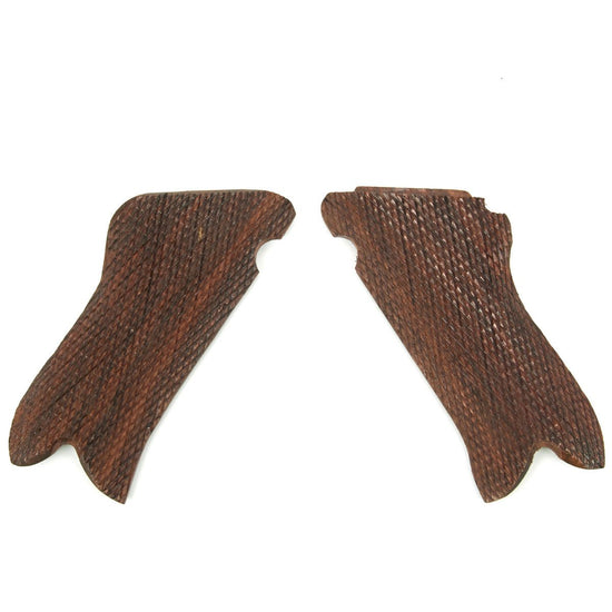German WWII Luger P08 Pistol Checkered Walnut Grip Set