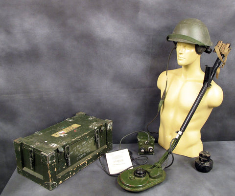 Original British Army Mine Detector No. 4c Set in Wood Transit Chest