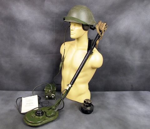 British Army Mine Detector No. 4c Set