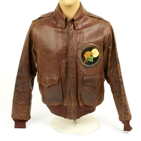 Original U.S. WWII P-61 Black Widow 348th Night Fighter Squadron A2 Leather Flight Jacket (Size 42) Original Items