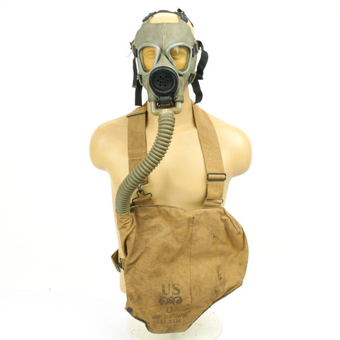 Original U.S. WWII M3 Diaphragm Gas Mask with M1VA1 Bag