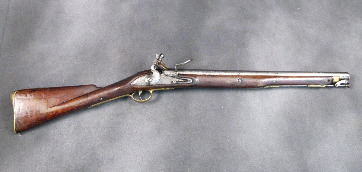 British Flintlock Cavalry Carbine with Saddle Ring: Crown G R