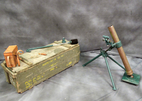 60mm Complete Display Mortar: Sight, Transit Chest & Accessories Original Items