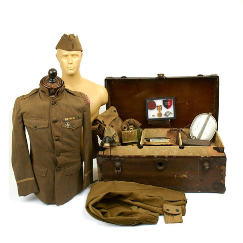 "Original U.S. WWI Army ""Dixie"" Division Named 2nd Lieutenant Set with Foot Locker Original Items"