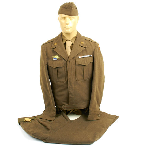 Original U.S. WWII Tank Destroyer Uniform Set Original Items
