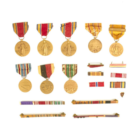 Original U.S. WWII Service Campaign Medal Set Original Items