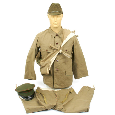 Original WWII Japanese Infantry Battle Uniform Set with Horseshoe Roll and Caps