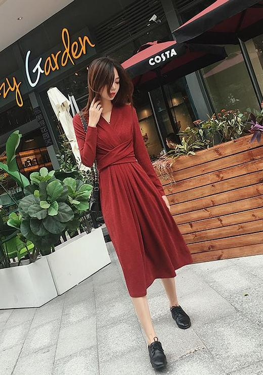 Evy Dress (Red)