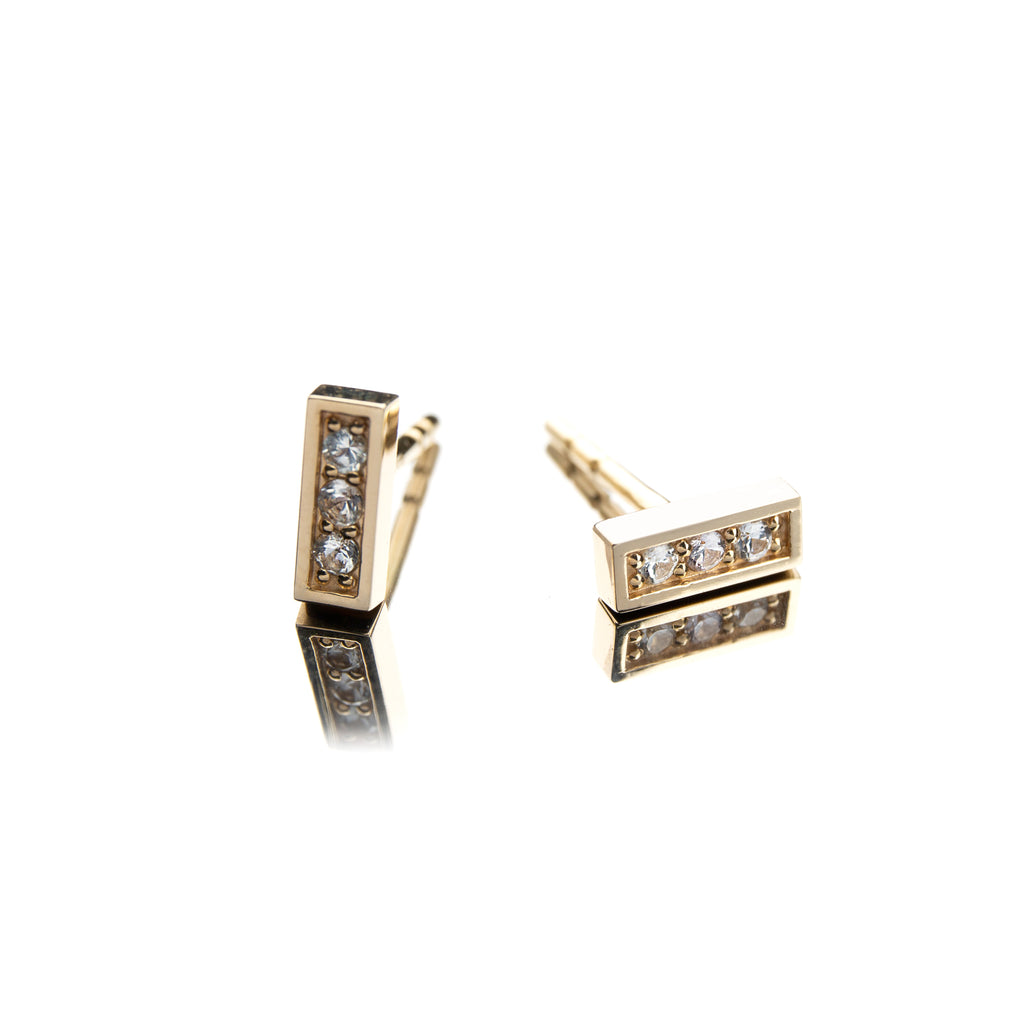 14k Gold Stud Earrings with White Sapphires