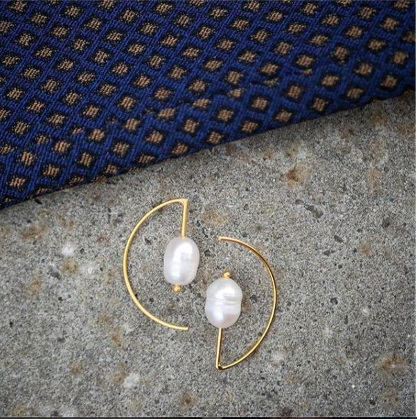 "Earrings - Gold Plated Silver Earrings ""Edgy Pearl"""