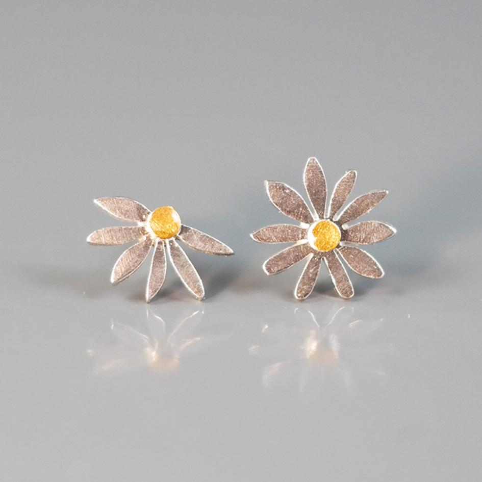 "Earrings - Silver Stud Earrings ""Daisies One And A Half"""