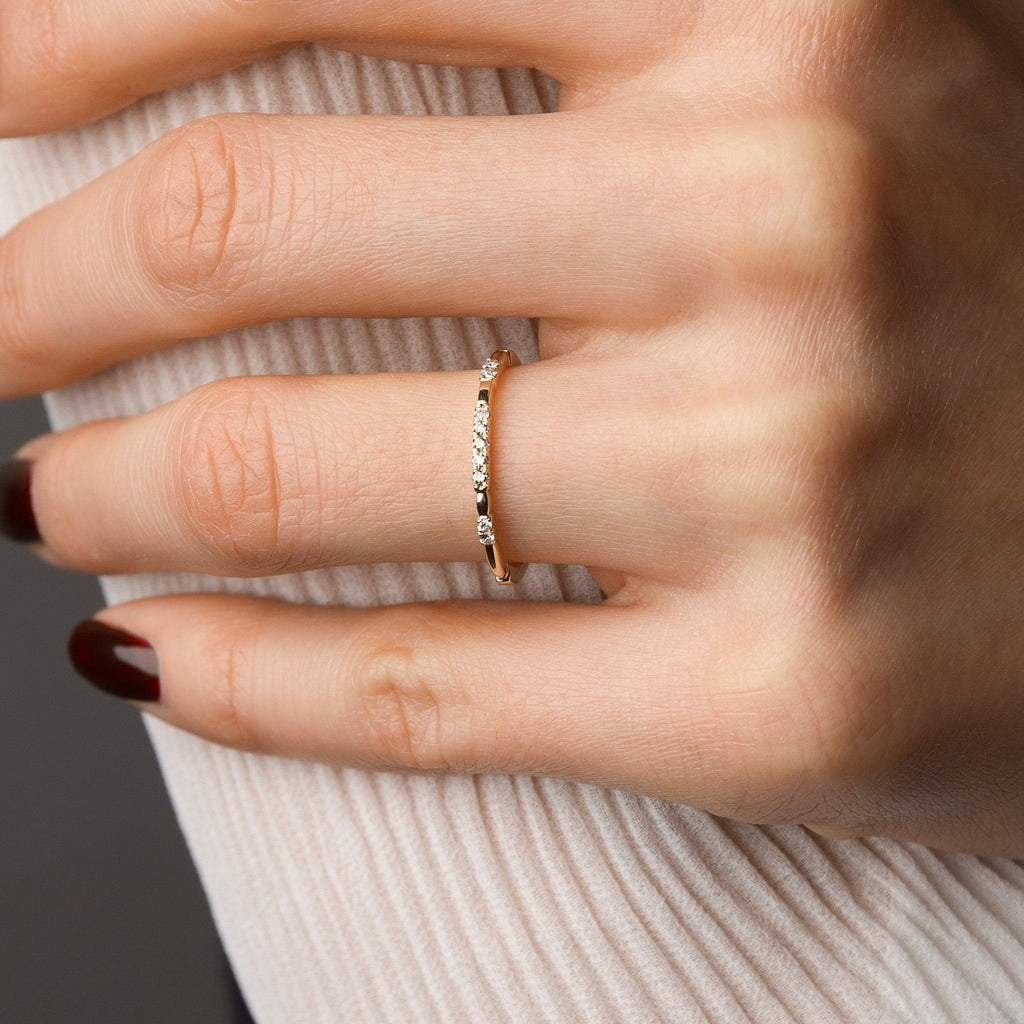 Rings - 14k Yellow Gold Ring With 10 Diamonds