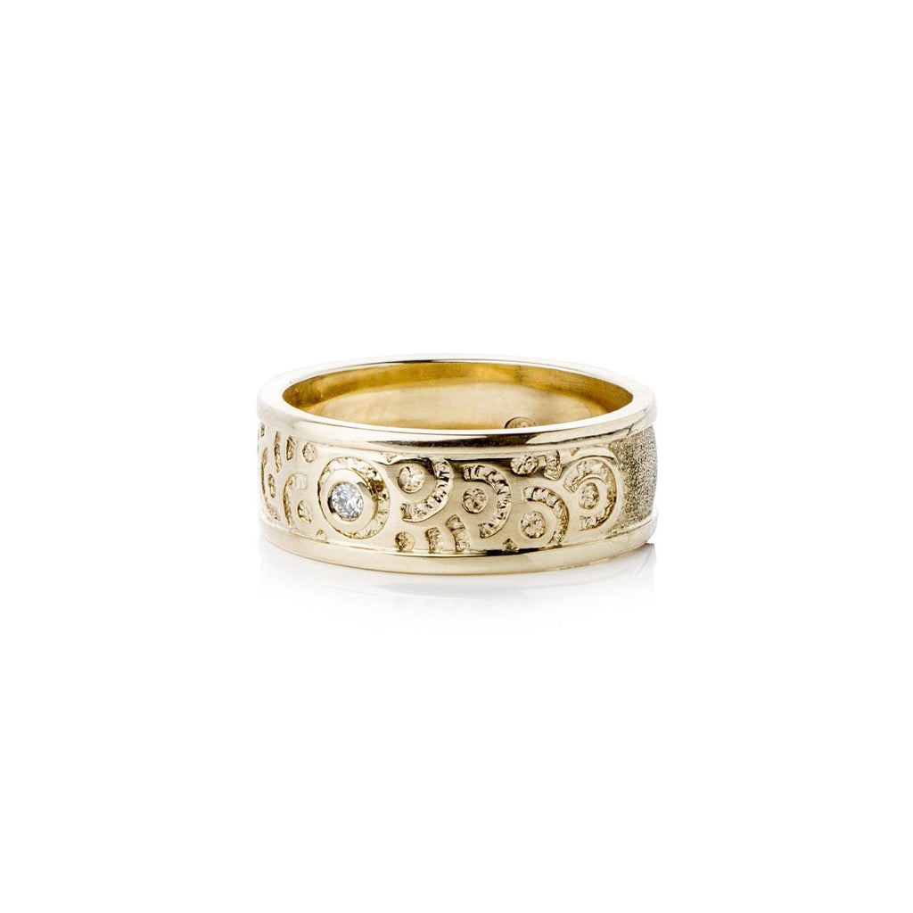 Rings - Wide Gold Diamond Ring