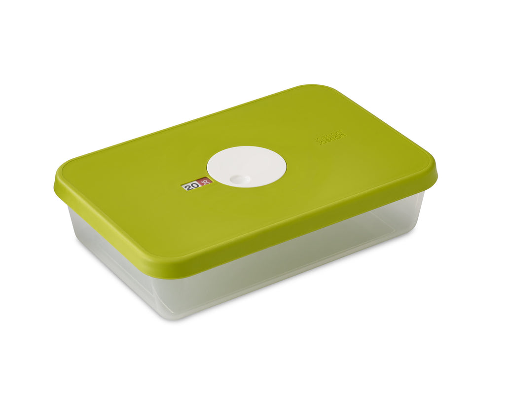 Storage container with datable lid rectangular 2.4 L