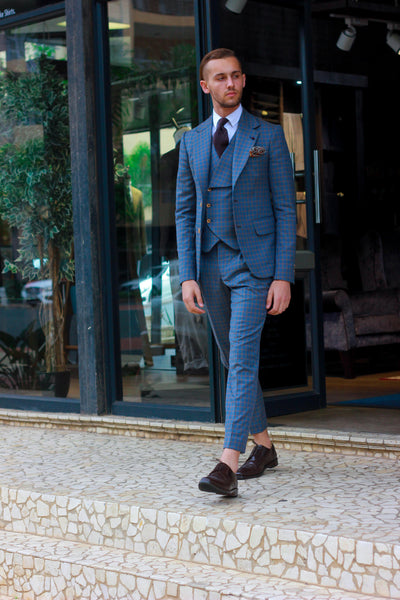3-Piece Blue Gun Club Check Suit.