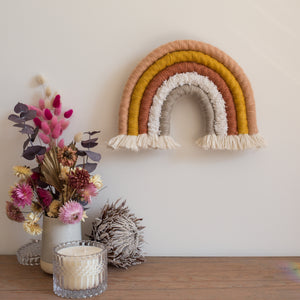 How to make a Macrame Rainbow
