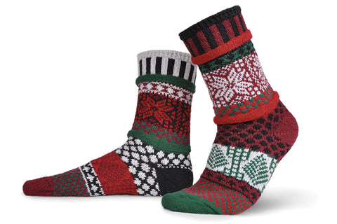Poinsettia Adult Socks