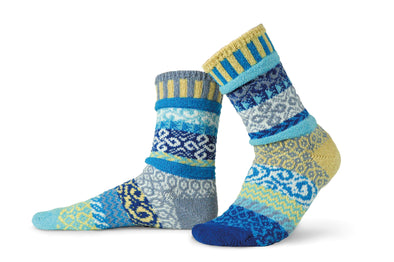 Solmate Air Crew Socks - Inspired by the elements of the world, the brand new Air socks bring the cool and calming vibes with Sky Blue, Royal Blue, Turquoise, Jade and White.