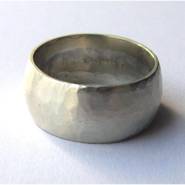 Make your own wedding ring workshops based in Broadstairs with Ami of AB Jewellery, Goldsmith
