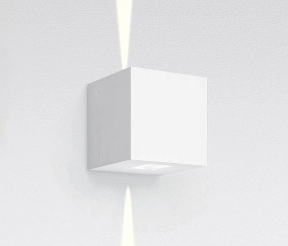 square wall fixture by Artemide