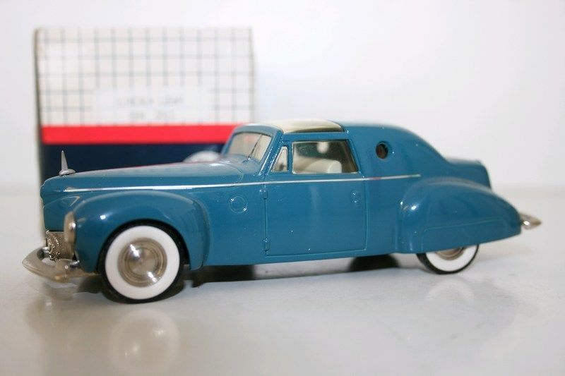 CENTURY MODELS 1/43 - CEN2013 - 1946 LINCOLN LOEWY - BLUE