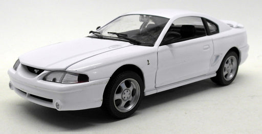 Eagles Race 1/18 Scale Diecast 122001 Ford 1994 Mustang GT White