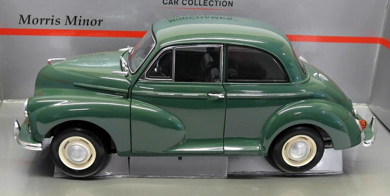 Minichamps 1/18 Scale Diecast - 150 137000 Morris Minor Saloon Green