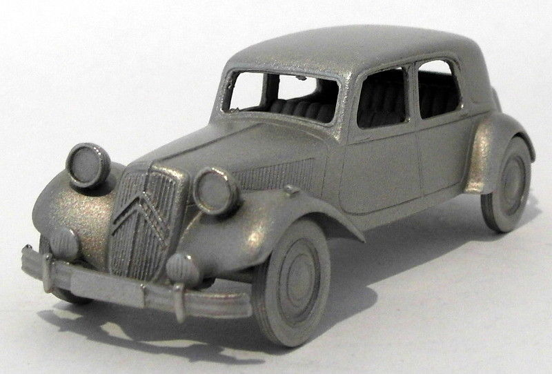 Danbury Mint Pewter Model Car Appx 7cm Long DA38 - 1953 Citroen 15 CV
