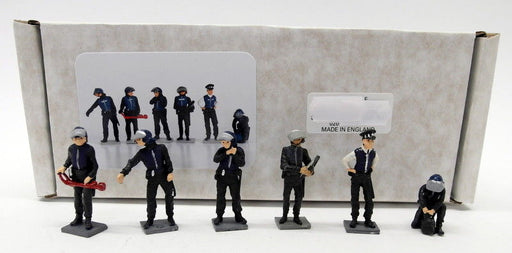 Fire Brigade models 1/43 Scale - FIG1 Police Riot Police Figures set of six