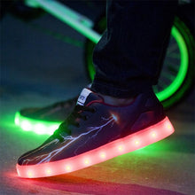 High quality super cool rechargeable LED Light Shoes 7 Colors flashing luminous shoes for adults light flat shoes chaussure led