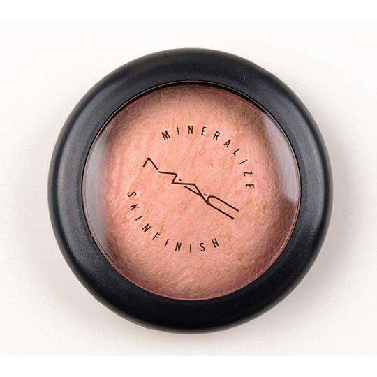 MAC Mineralize Finish Highlighter
